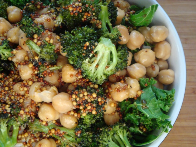 Broc Chickpea Br bowl with kale 2