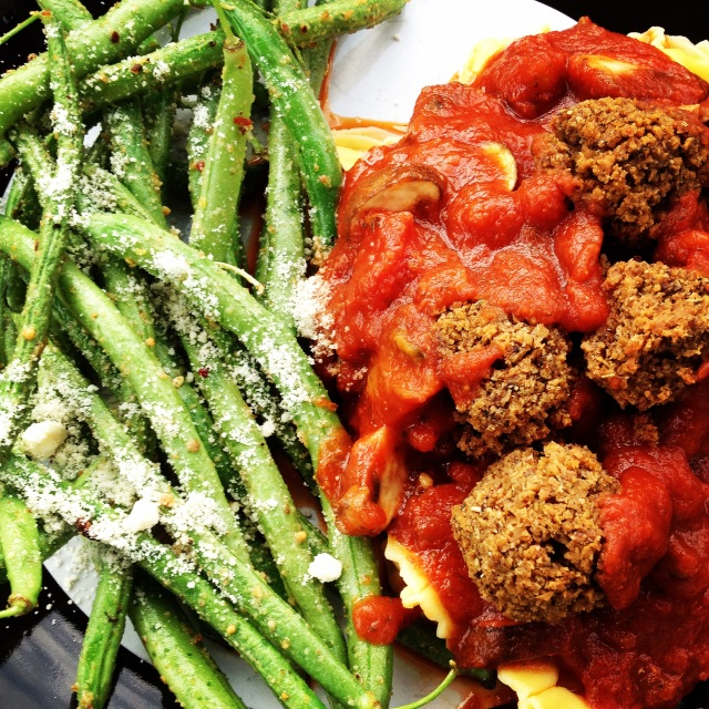 seitan meatballs and green beans